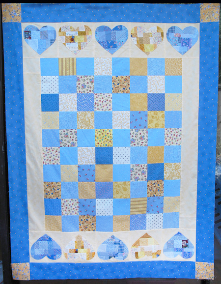 scrap-applique hearts quilt