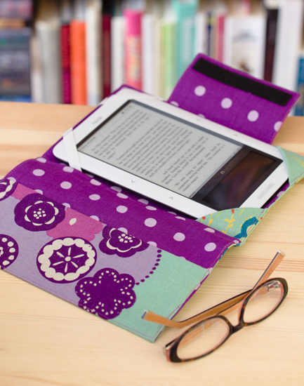 2 Literary Genius E-Reader Cover from Everyday Handmade