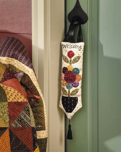 Welcome Wagon quilted door hanger