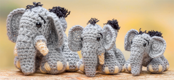 Elephants from Crochet a Zoo