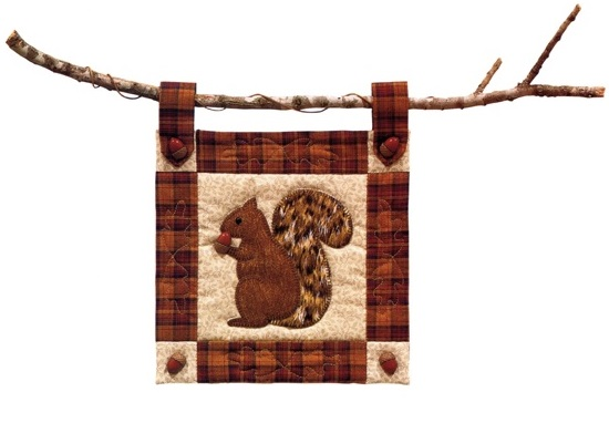 Squirrel wall hanging from The Quilter's Home Fall