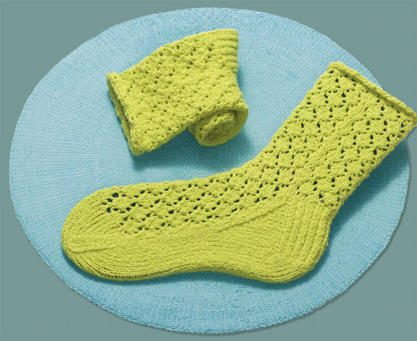 Fixation on Lace knitted socks