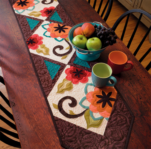 The-Dahlia-is-a-Diva-table-runner