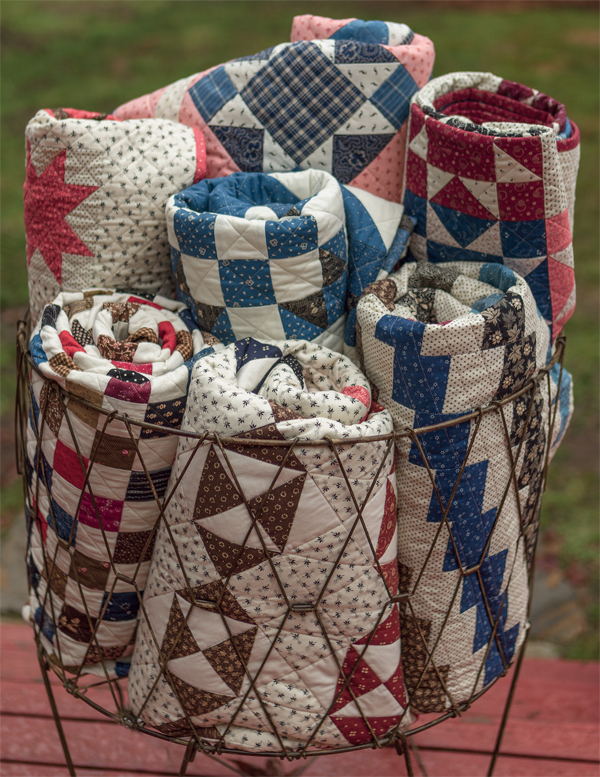 Decorate-with-quilts-from-Remembering-the-Past