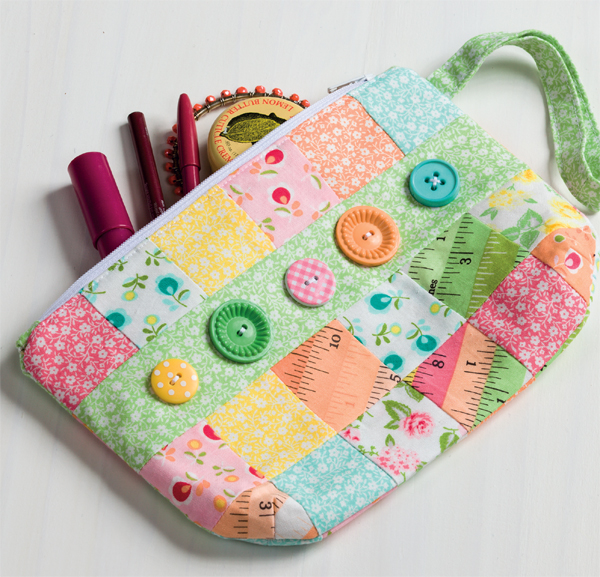 Button-Bliss-pouch