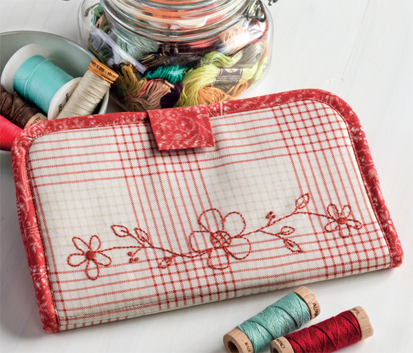 Sew-Organized-Clutch