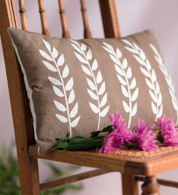 Wheat-Stock-Throw-Pillow