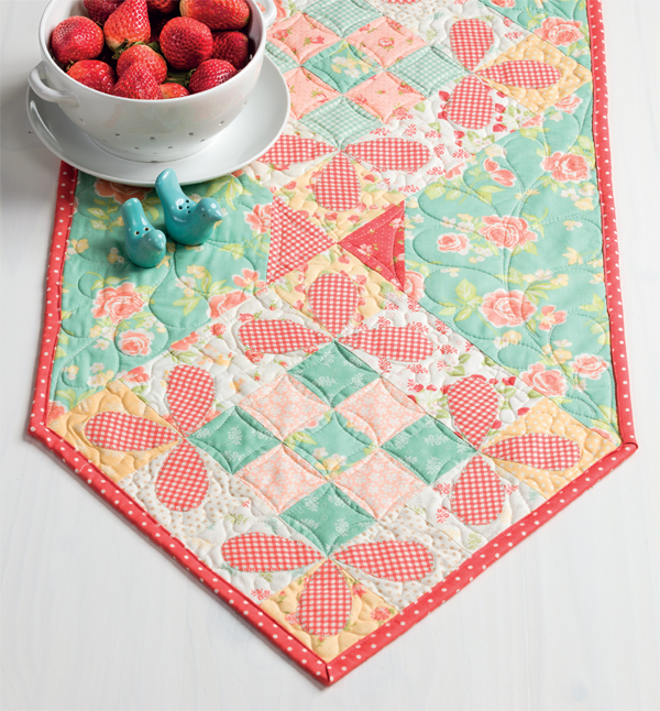 Honeybee block table runner