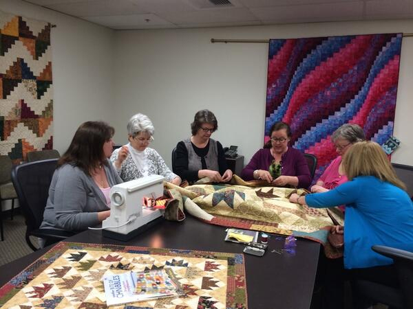 Binding the Oso quilt