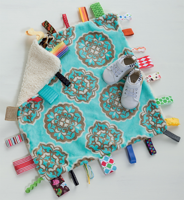Tags-for-Days-Taggy-Blanket