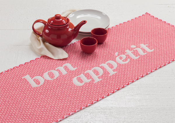 Bon-Appetit-Table-Runner