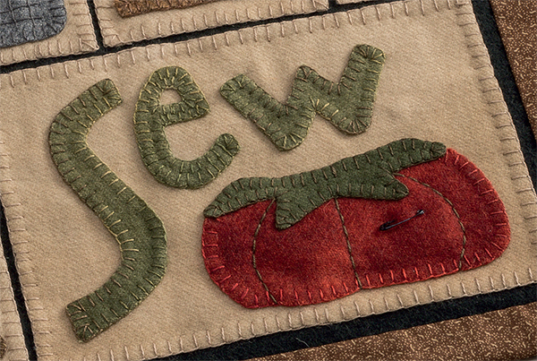 Learn how now: blanket stitch for appliqué with Debbie Busby