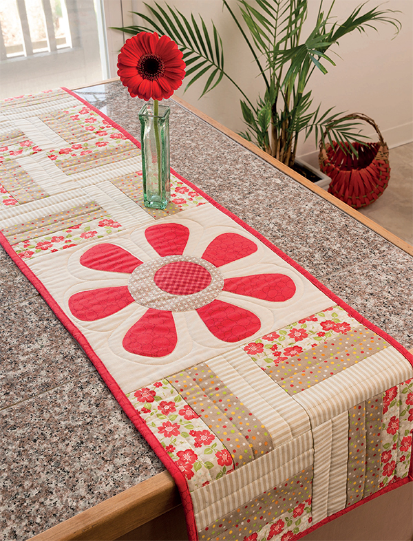 Beautiful Bloom Table Runner